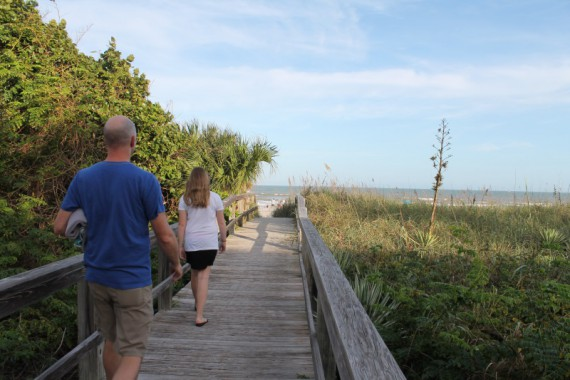 Walking to Cocoa Beach